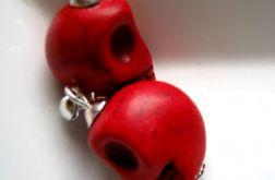 Czerwone czaszki dla odważnej!