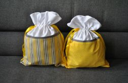Dwa worki na bieliznę - w kolorze żółtym