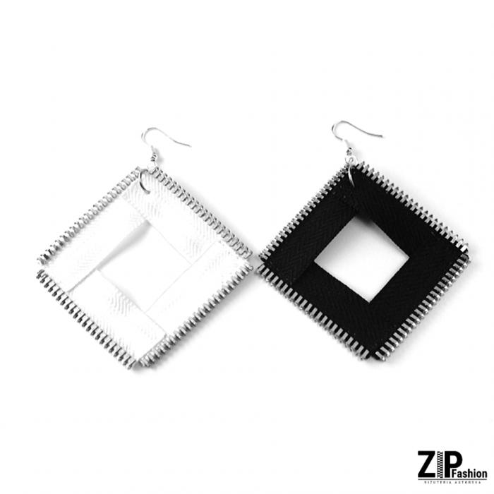 Duże kolczyki kwadraty black&white