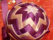 Bombka 6 cm fioletowa z białym i różanym