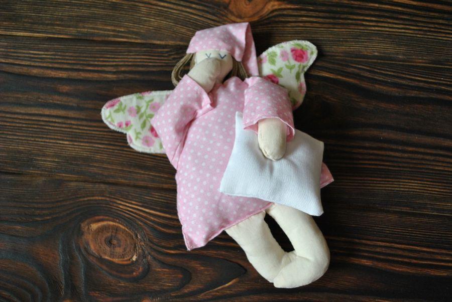 Tekstylna zabawka - aniołek pastelowy -