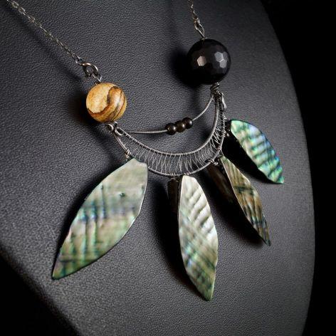 Srebrny Naszyjnik z onyksem i masą perłową