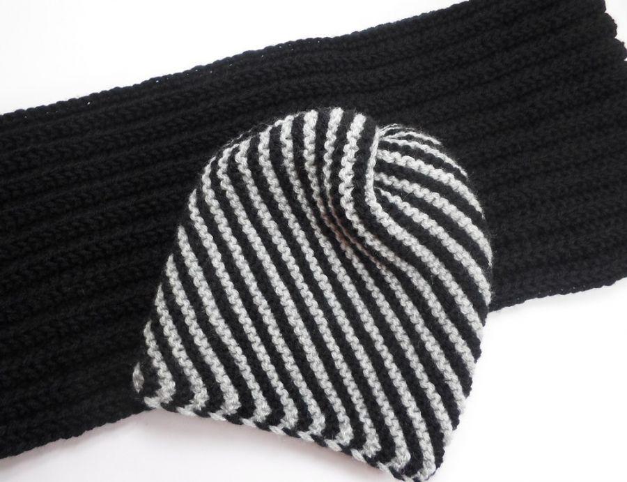 Czarny komin i popiela-czarna czapka w prązki