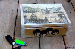 Pudełko na pendrive, dla miłośnika muzyki