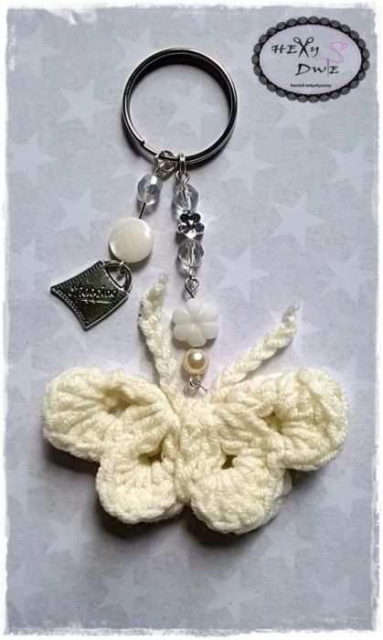 Breloczek motylek - biały