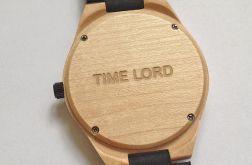 Usługa grawerowania zegarka