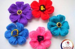 Filcowe kwiaty - broszki