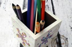 pudełko na kredki i ołówki