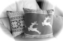 Poduszka z reniferem z mięciutkiego polaru