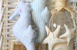 Konik morski błękitny w groszki