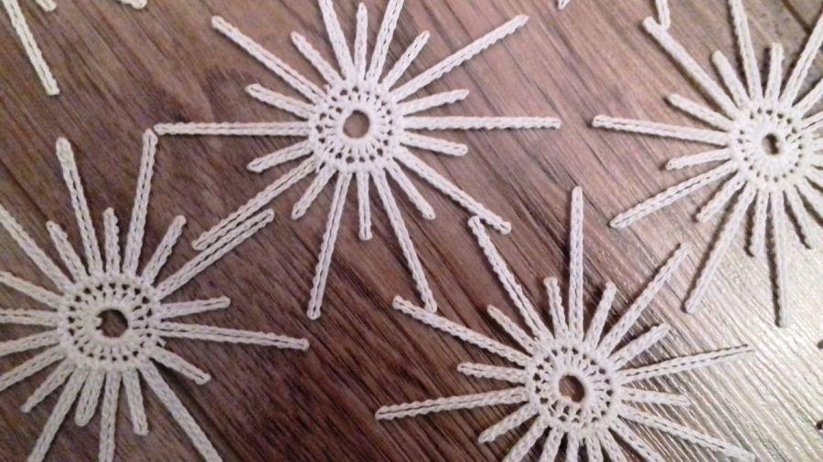 Koronkowe śnieżynki, gwiazdki