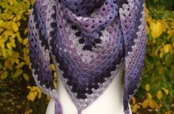 Ciepła chusta w odcieniach fioletu