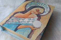 szkatułka-księga z aniołem dostatku