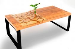 Stolik kawowy z wzorem popękanej pustynii