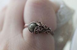Gertruda - pierścień z pirytem
