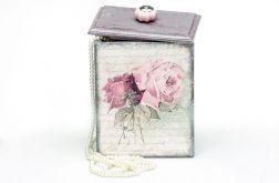 Romantyczne pudełko szkatułka w róże
