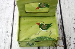 zielona toaletka ptaszek