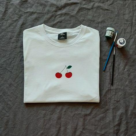 Koszulka ręcznie malowana wisienki unisex