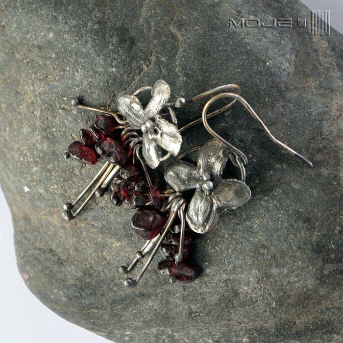 Bukiecik granatów - srebrne kwiatuszki