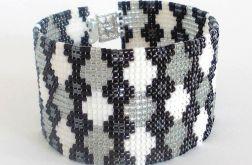 Geometryczna bransoletka koralikowa - romby