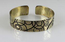 Mosiężna bransoleta - zawijasy - cienka