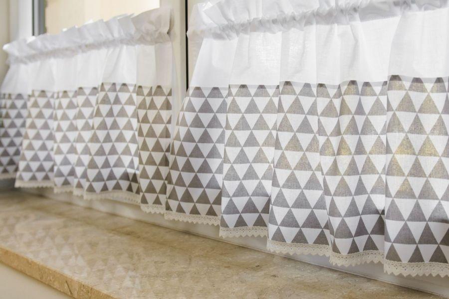 Zazdrostki w stylu scandi trójkąty szare