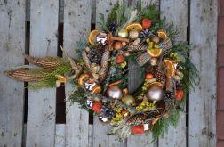 wianek Bożonarodzeniowy z kukurydzą