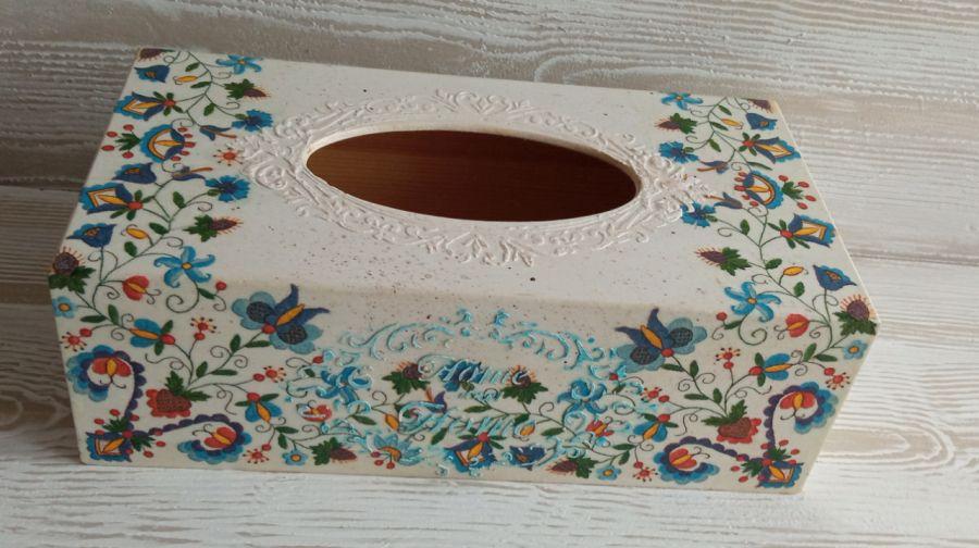 Pudełko na chusteczki z motywem kaszubskim