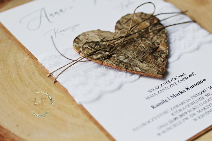 Koronkowe Zaproszenia ślubne z sercem z kory