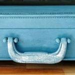Legowisko walizko-kojec w stylu vintage