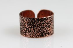 Miedziany pierścionek - piasek 130620-07