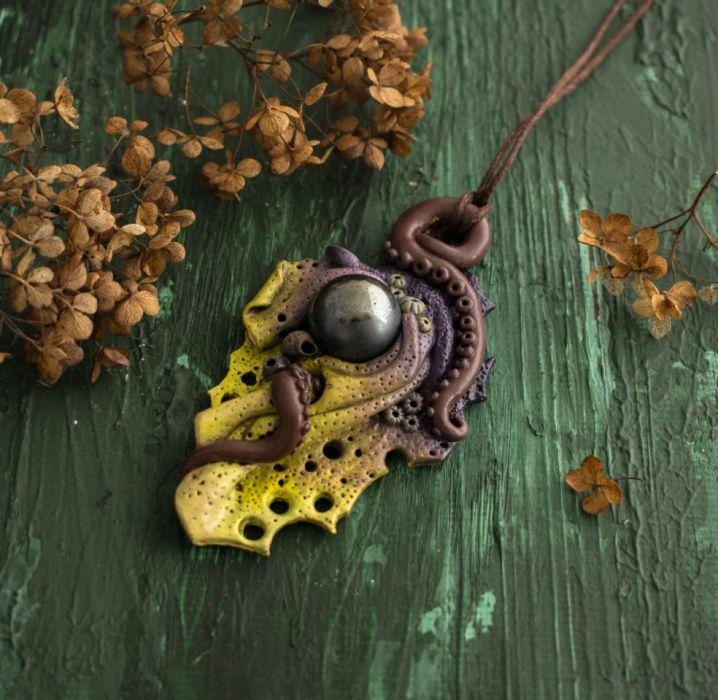 Morski wisior inspirowany rafą koralową