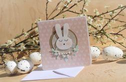 Kartka z białym króliczkiem
