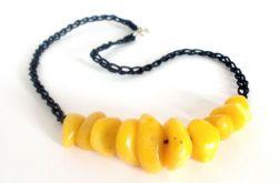 Naszyjnik z koralikami - żółty z czarnym
