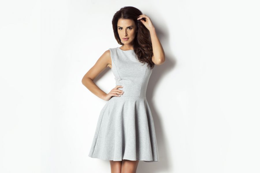 b6eff7e3f8 Dresowa sukienka z koła 183 - Ivon