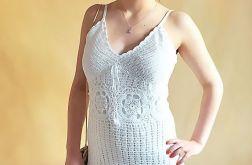 Sukienka szydełkowa biała