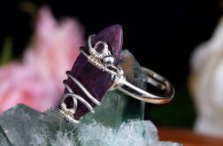 Srebrny pierścionek z rubinem handmade