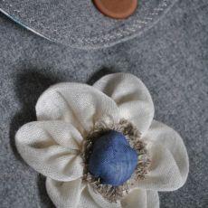 Torebka z szarego tweedu