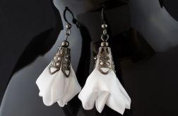 Kolczyki materiałowe Silk białe krótkie
