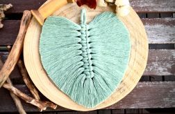 Liść piórka dekoracja boho makrama szałwia