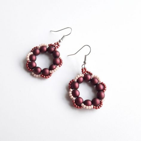 Kolczyki perłowe - wino