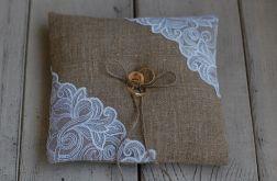 Rustykalna poduszka na obrączki