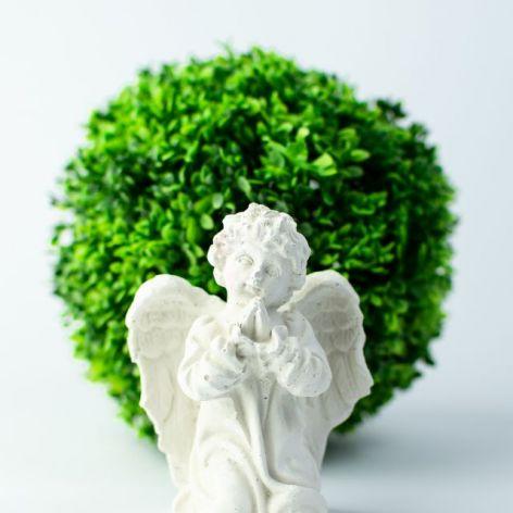Aniołek gipsowy