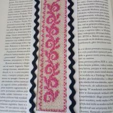 Połyskująca zakładka do książki - haftowana