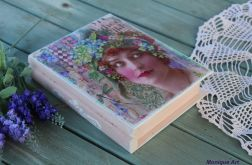 Szkatułka w kształcie książki, prezent