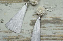 Długie kolczyki w odcieniach bieli - chwosty