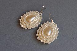 Kolczyki koralikowe białe perłowe