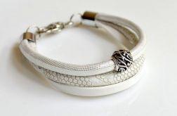 * white bracelet *