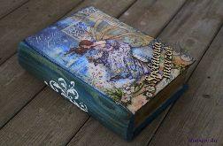Kufer w kształcie książki, dla mola książkowego, prezent