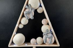 Drewniana choinka Led Hand Made z reniferami